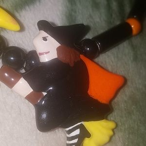 Vintage Flying Colors Rare Halloween necklace
